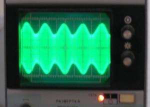 Выходной АМ сигнал 1,5 МГц US5MSQ